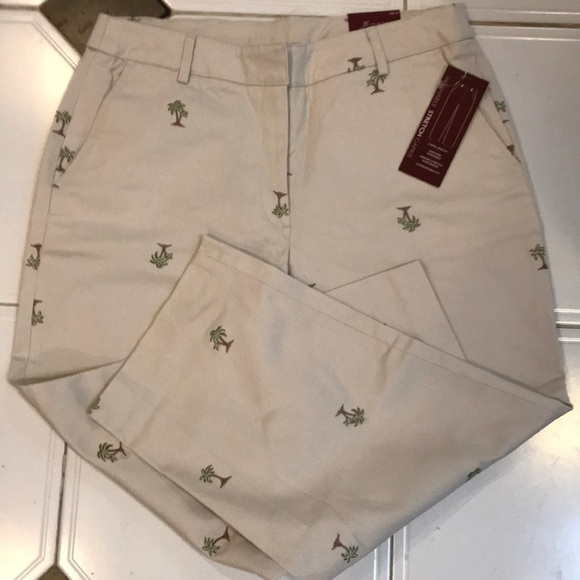 JM Collection Pants - 🌿JM Collection Stretch Palm Tree Capri NWT